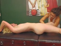 tickling naked-tickling lesbian