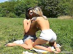 lésbica ao ar livre adolescente