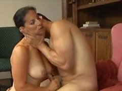 Milf getting seduced