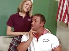 pompino aula studentesse nude