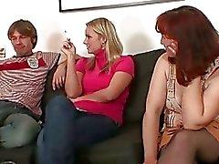hardcore äidit ja pojat kolmikko