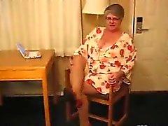 amatör şişman büyükanne mastürbasyon solo