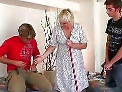 blowjobs moms and boys threesome
