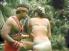 grandes tetas indio upskirts