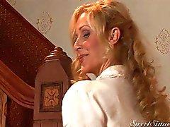 paar blond grote tieten