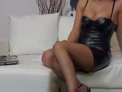 italiano babes fishnet