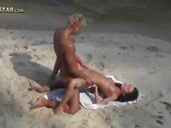 casal sexo vaginal adolescente raspada amador