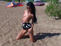 al aire libre desnudez pública ruso adolescentes upskirts