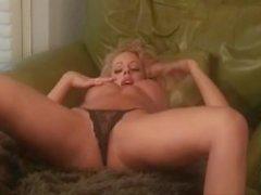 divini rae butt mom mother