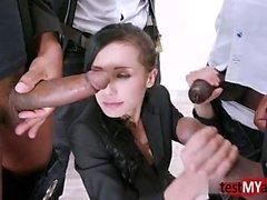 big cocks blowjob brünett gruppen-sex