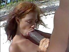 boquetes praia mamilos preto e ébano