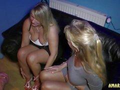 amateur blondes allemand triplettes milfs