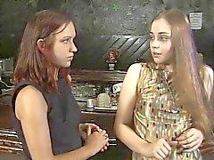 blondjes brunettes beroemdheden lesbiennes softcore