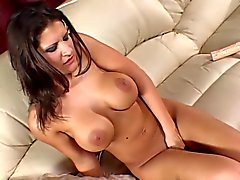 masturbation brunettes sex toys