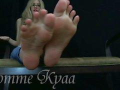 soles feet-worship joi