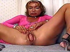amador escancarado masturbação milfs
