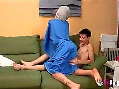 hindi hijab - bico kij hijab-sexo-árabe hijab-strip