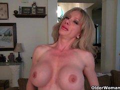 big boobs blonde close-up hd