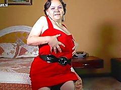amateur grannies matures milfs