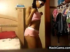 amateur solo teen toys webcam