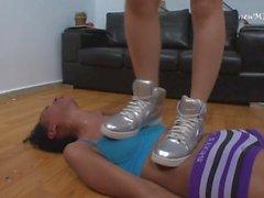 girl-on-girl kink brazilfeet brazil-trample