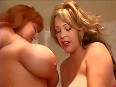 stora bröst lesbiska milfs