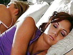 mädchen auf mädchen küssen lesbisch lesbian porn videos lesbian im pornokino