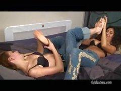 kink girl-on-girl lesbian feet