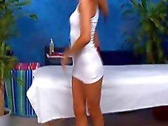 blondjes lichaamsmassage erotische massage massage massage porno video's