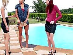 brunette hd lesbian lick outdoor
