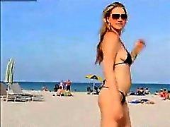 bebê praia ao ar livre