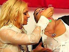blondine brünett europäisch fetisch massage