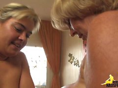 masturbation mature blonde
