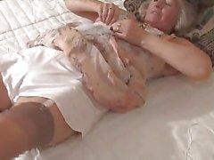 nonne biancheria intima masturbazione matura