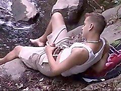 Jungen im Wald und auf der Weide Teil 2