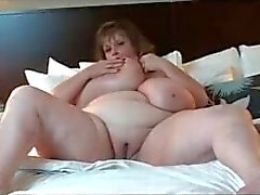 big-boobs chubby mom mother old
