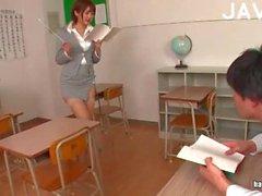 dilettante culo insegnante giapponese calze