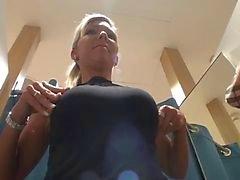 amador fetiche por pés nudez em público