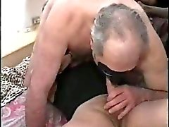 amateur matures threesomes cumshots