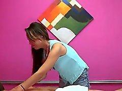 asiatique branlette massage petits seins