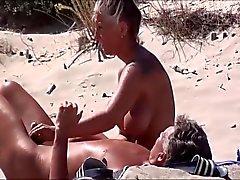 plage masturbation milfs nudité en public