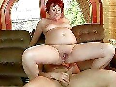 mummi mummon vittu mummo porno video