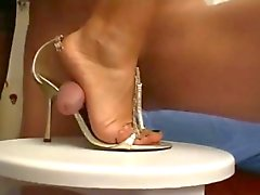 a top classic feet verry good shoejob