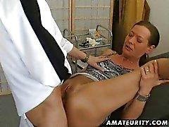 pareja masturbación sexo oral