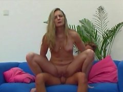 blondes matures mom old young