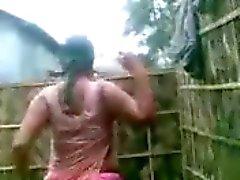 peitos grandes indiano chuveiros softcore