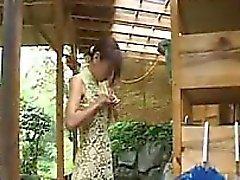 amateur asiatisch behaart kleine titten spielzeug