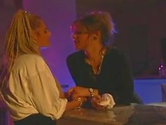 babes lesbiche baciare