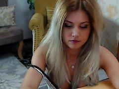 amateur blondine kleine titten