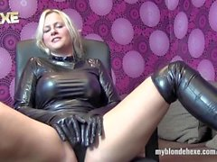 BlondeHexe - German latex and leather slut